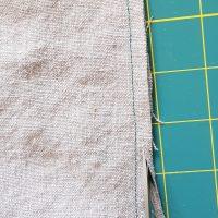 Brotbeutel Nähanleitung: Nahtzugabe für Doppelnaht schneiden